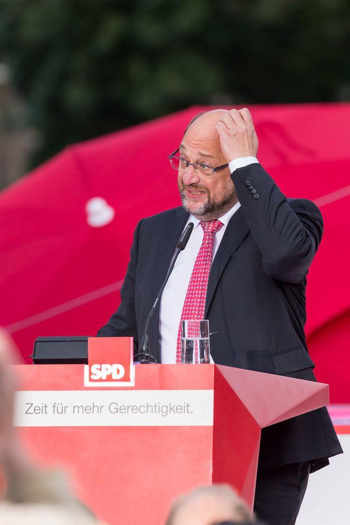 24.09.2017: SPD geht trotz schlechtestem Wahlergebnis mit Schulz in die Opposition