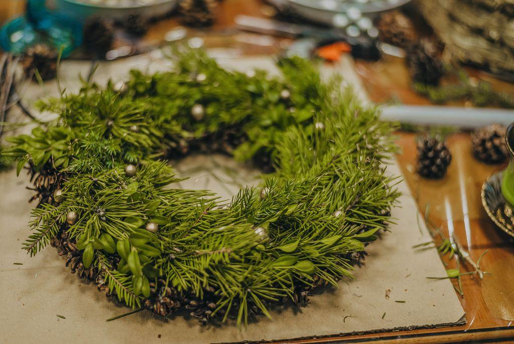 Adventskranz Basteleien zur Weihnachtszeit