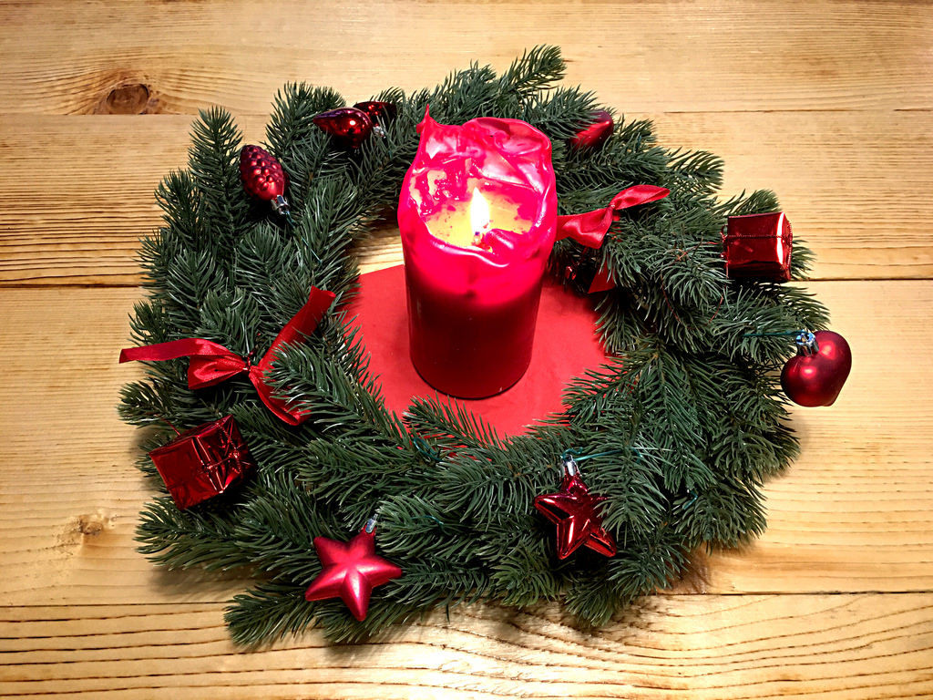 Adventskranz mit Kerze / Advent wreath