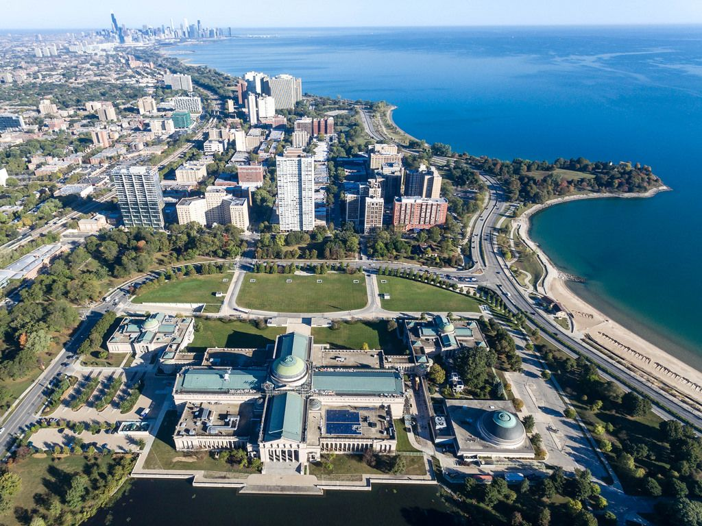 Aerial photo of the Museum of Science and Industry, East Hyde Park and Promontory Point