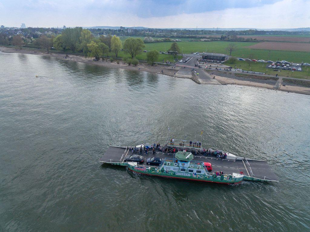 Aerial Photography: Ferry BoatMondorf- Graurheindorf