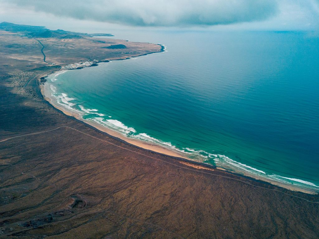 Aerial view of a wild coast / Luftaufnahme einer wilden Küste