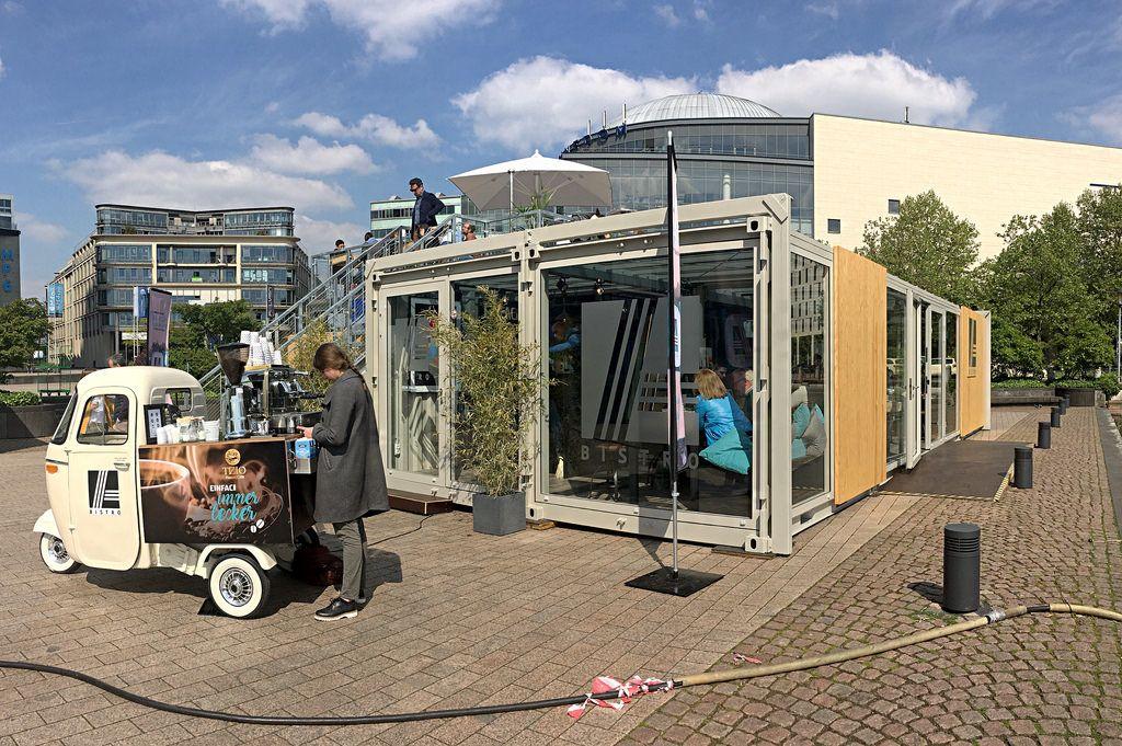 Aldi-Bistro im Mediapark, Köln