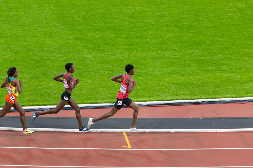 Alice Aprot Nawowuna, Agnes Jebet Tirop und Tirunesh Dibaba (10.000 Meter Lauf) bei den IAAF Leichtathletik-Weltmeisterschaften 2017 in London
