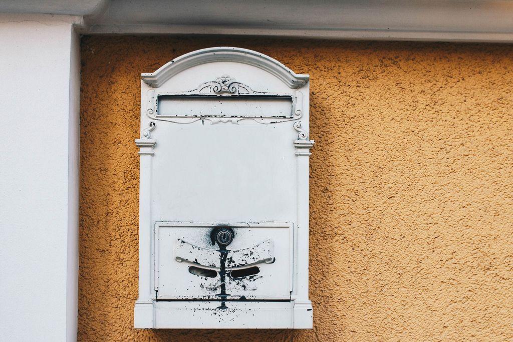 Altmodischer Briefkasten