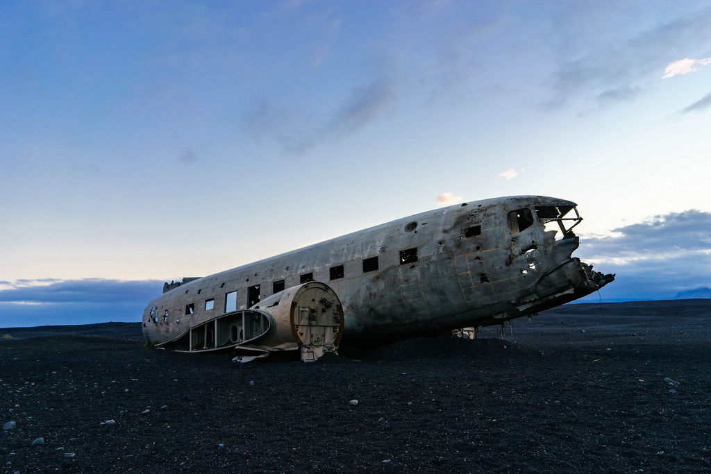 American DC-3 plane crash / American DC-3 Flugzeugabsturz