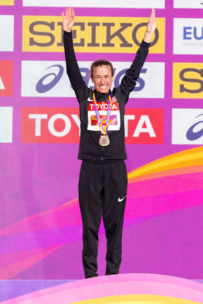 Amy CRAGG (USA) finishes in 3rd place in the Women's Marathon in London 2017