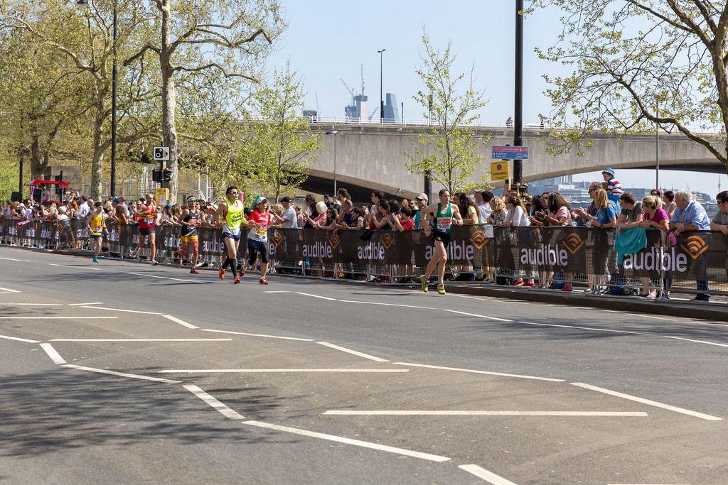 Andrew Siggers, Tomoyo Fujiwara, Wei Li, Chris Oddy, Rob Mctaggart at London Marathon 2018