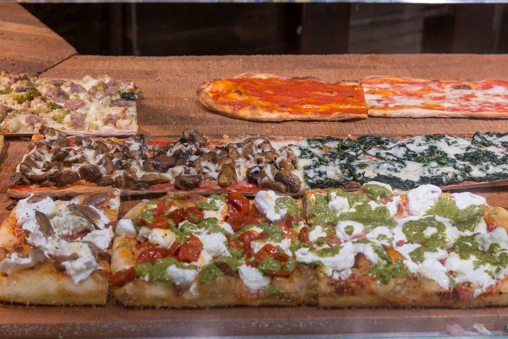 Antico Forno Roscioli - Pizza auf dem Markt in Rom