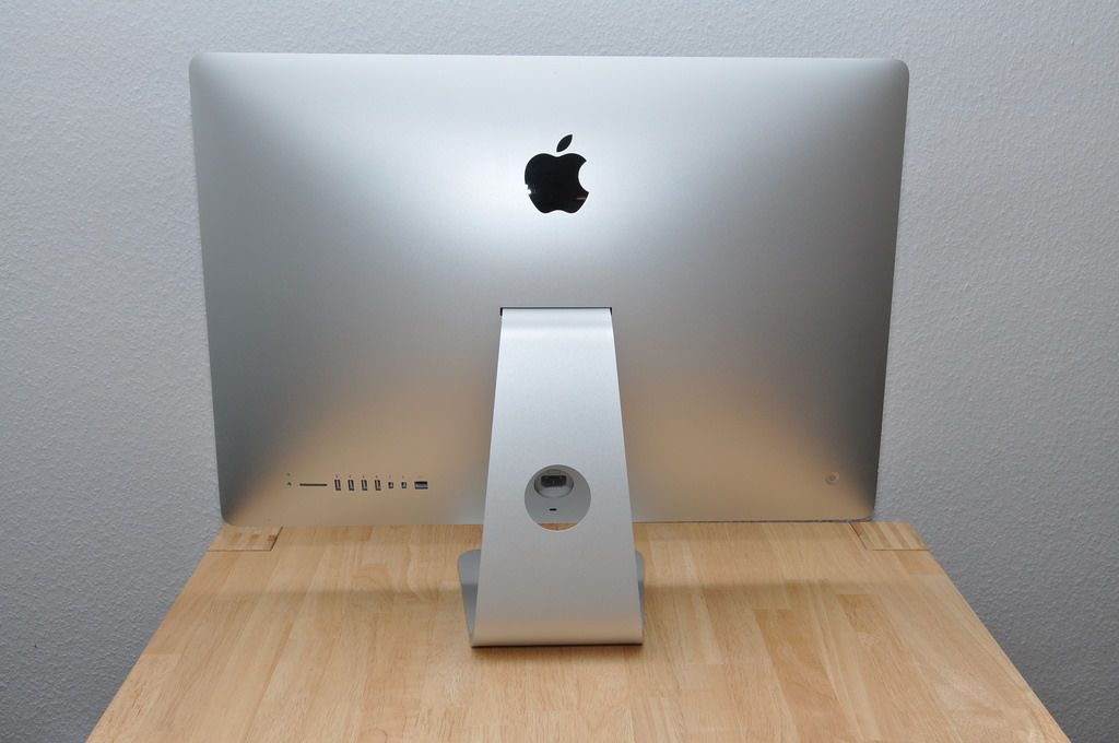 Apple iMac Backside