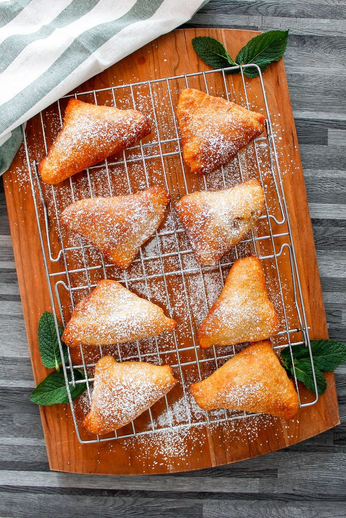 Apples Turnovers (top view)