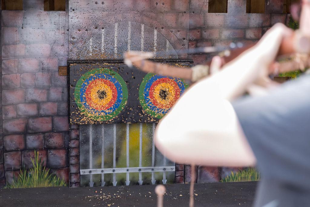 Armbrust mit Zielscheibe
