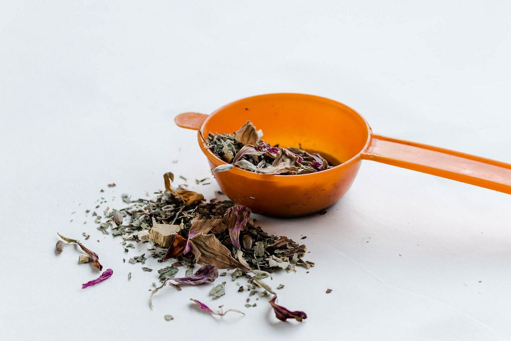 Aromatic tea with dried flowers
