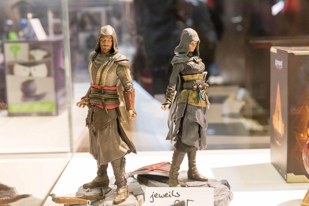 Assassin's Creed Actionfiguren (männlich und weiblich) - Gamescom 2017, Köln