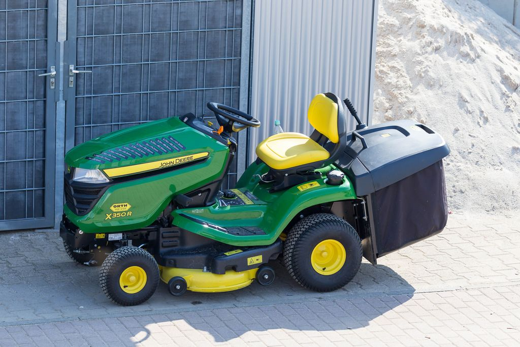 aufsitzm her john deere x350r bilder und fotos creative. Black Bedroom Furniture Sets. Home Design Ideas