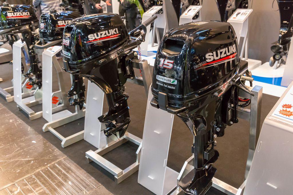 Aussenbordmotoren von Suzuki bei der Boot Düsseldorf 2018