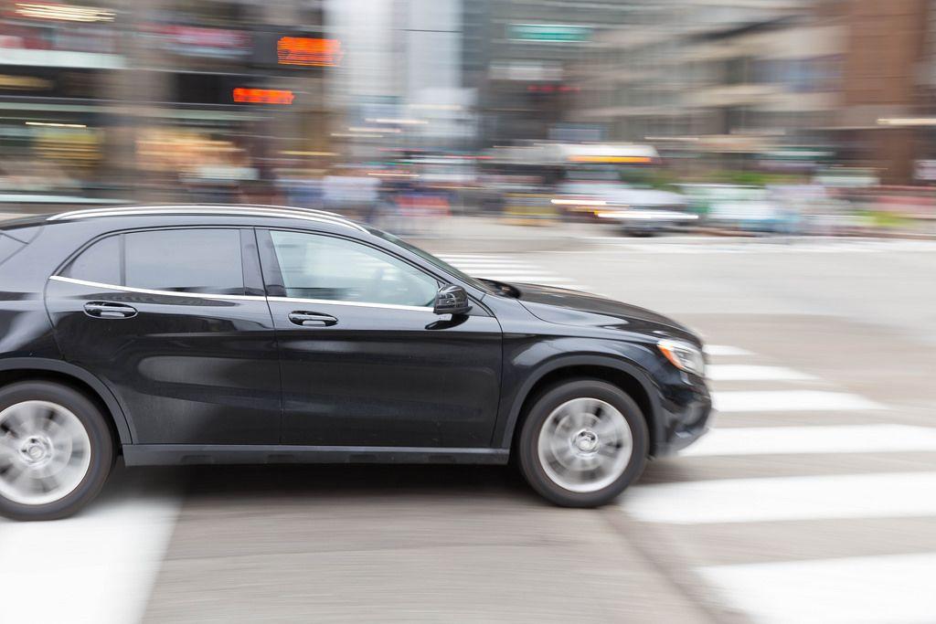 Auto auf den Straßen von Chicago - Langzeitbelichtung