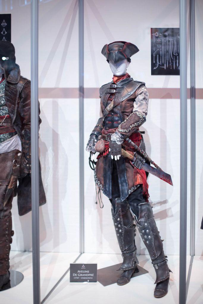 Aveline De Grandpre Cosplay von Assassin's Creed