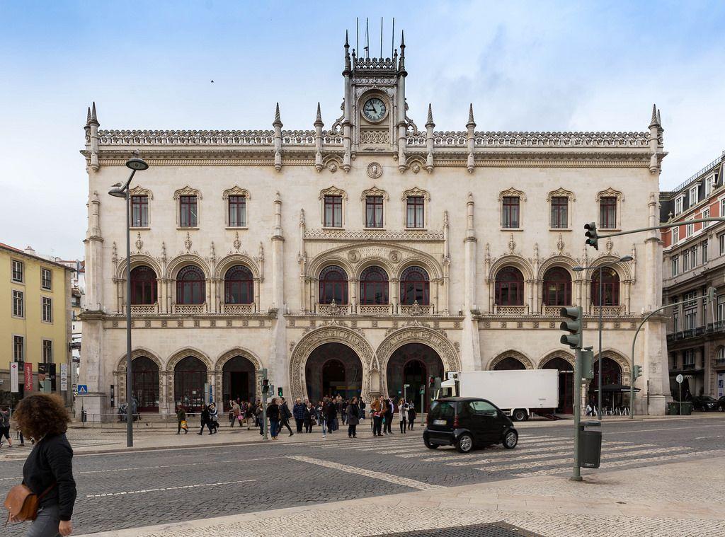 Bahnhof Lissabon Rossio / Train Station