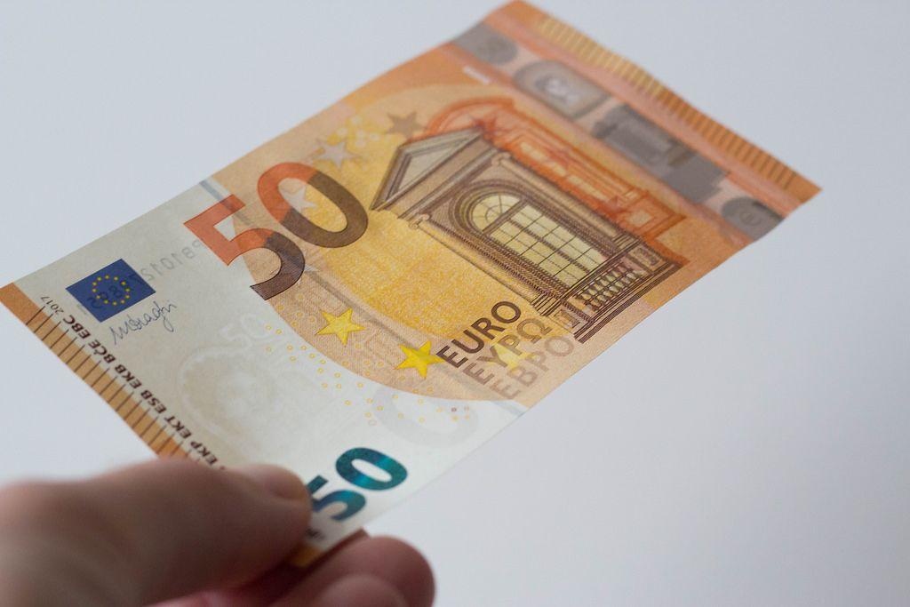 Banknote in der Hand