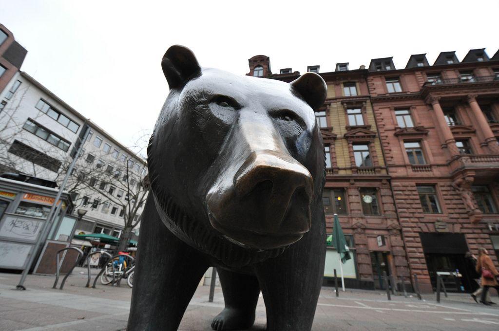 Bär an der Frankfurter Börse steht für den Bärenmarkt