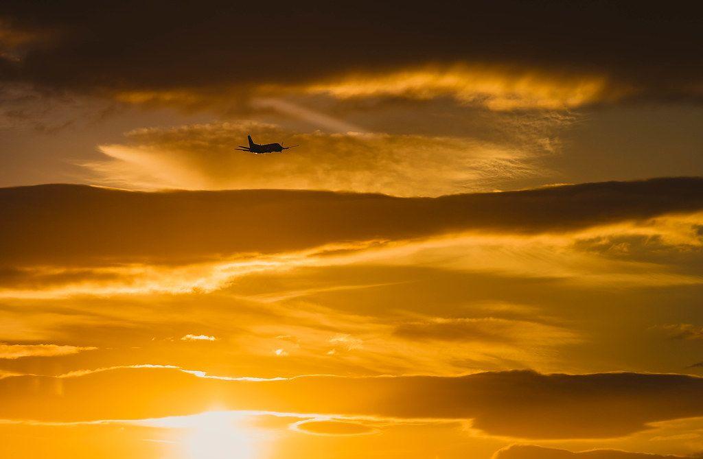 Beautiful Sunset Scene, Plain in the Sky, Travel  (Flip 2019)