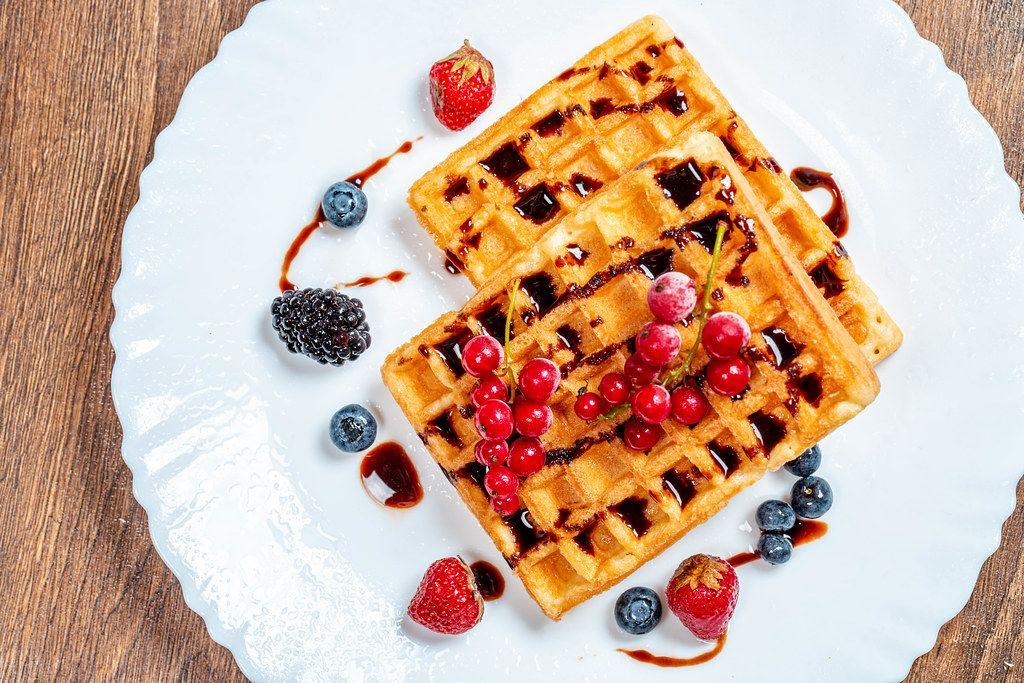 Belgian waffles with berries (Flip 2019)