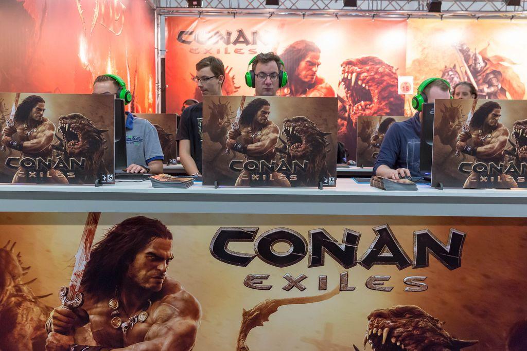 Besucher spielen Conan Exiles