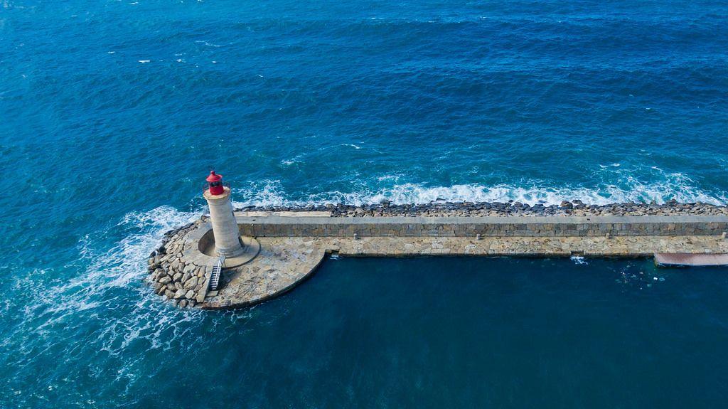 Bird's eye view of the lighthouse in Puerto de Andraitx, Mallorca
