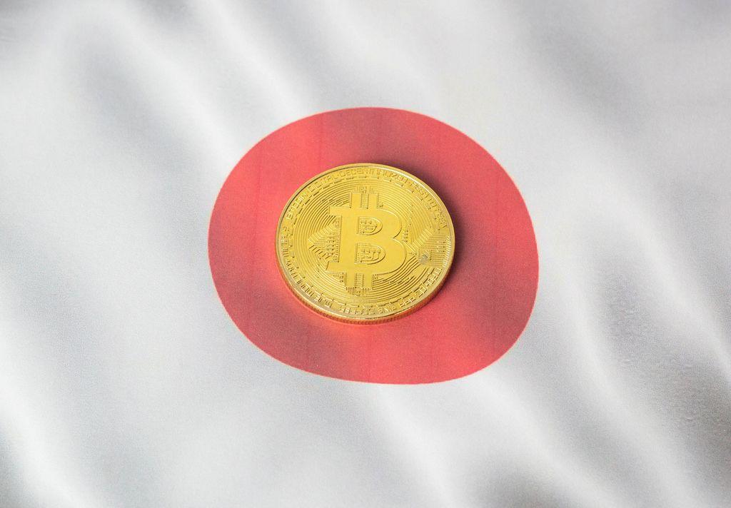 Bitcoin auf japanischer Flagge
