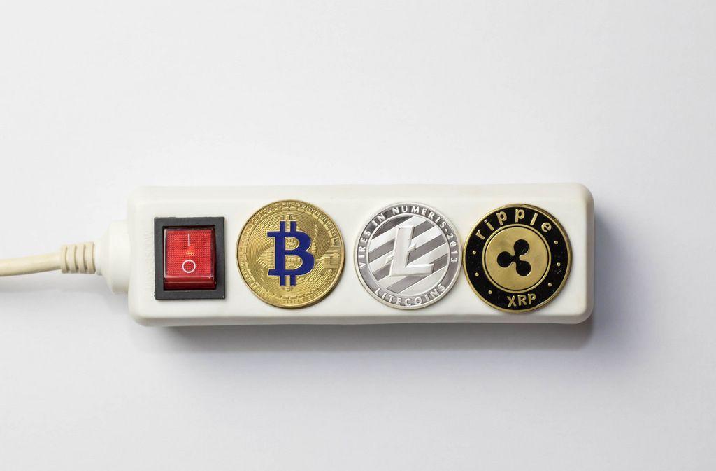 Bitcoin, Litecoin and Ripple on electricity splitter