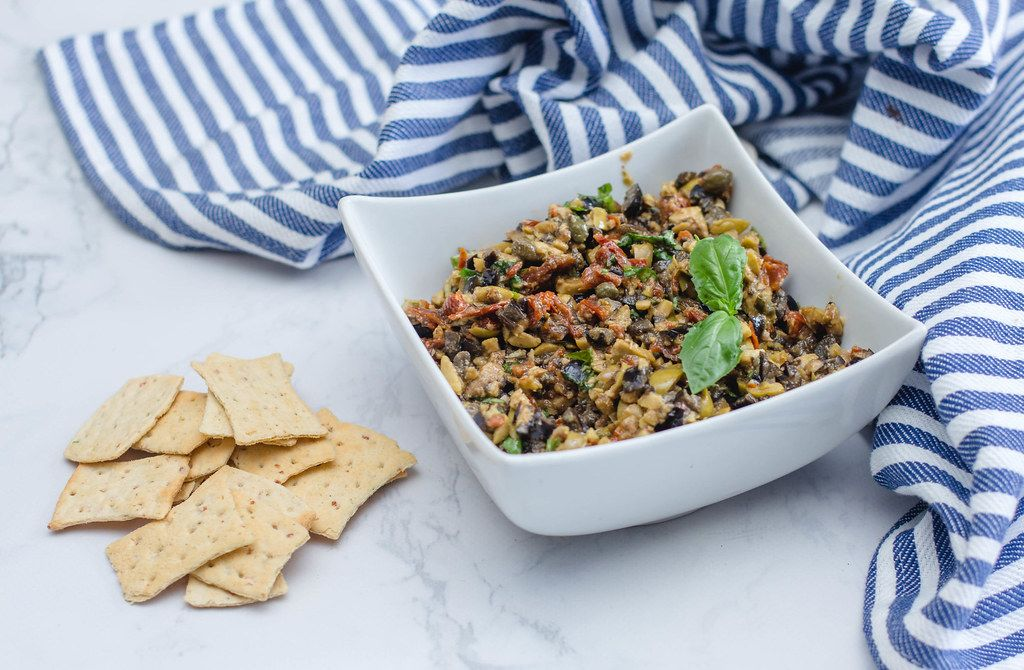 Black and Green Olive Tapenade with Crackers (Flip 2019)