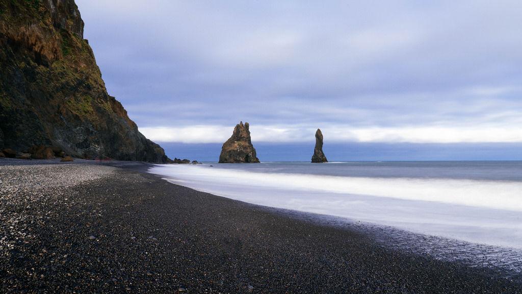 Black beach of Vik / Schwarzer Strand von Vik