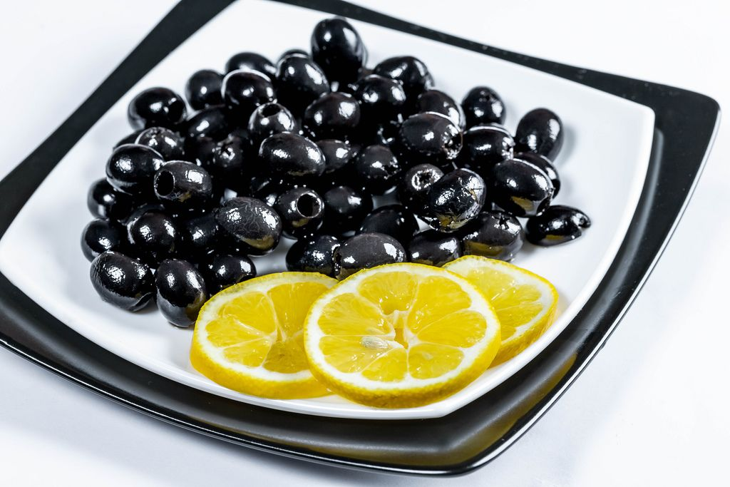 Black marinated olives with lemon slices (Flip 2019) (Flip 2019) Flip 2019