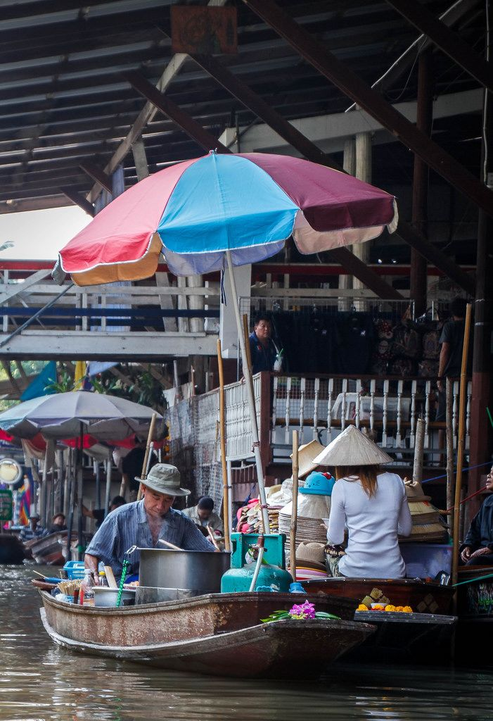 boat at the floating market