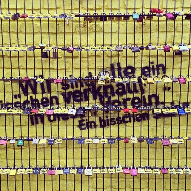 Borussia Dortmund #echteliebe #zaun #liebesschlösser #bvbzenit #dortmund