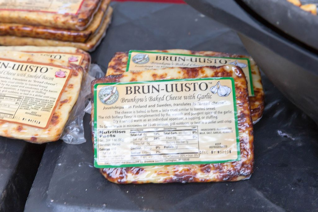 Brun-uusto Bread Cheese with garlic - City Market, Chicago