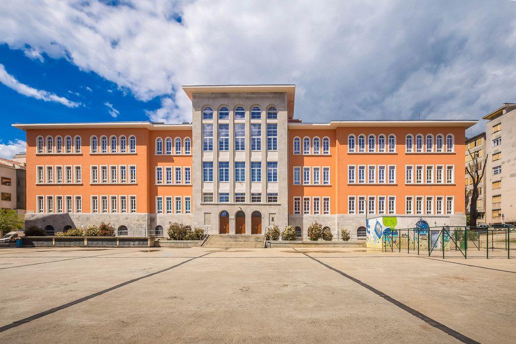 Building of elemetary school in Rijeka, Croatia
