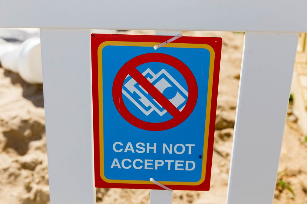 Cash not accepted sign at North Avenue Beach in Chicago