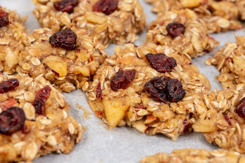 Cereal and Apple cookies with Raisins