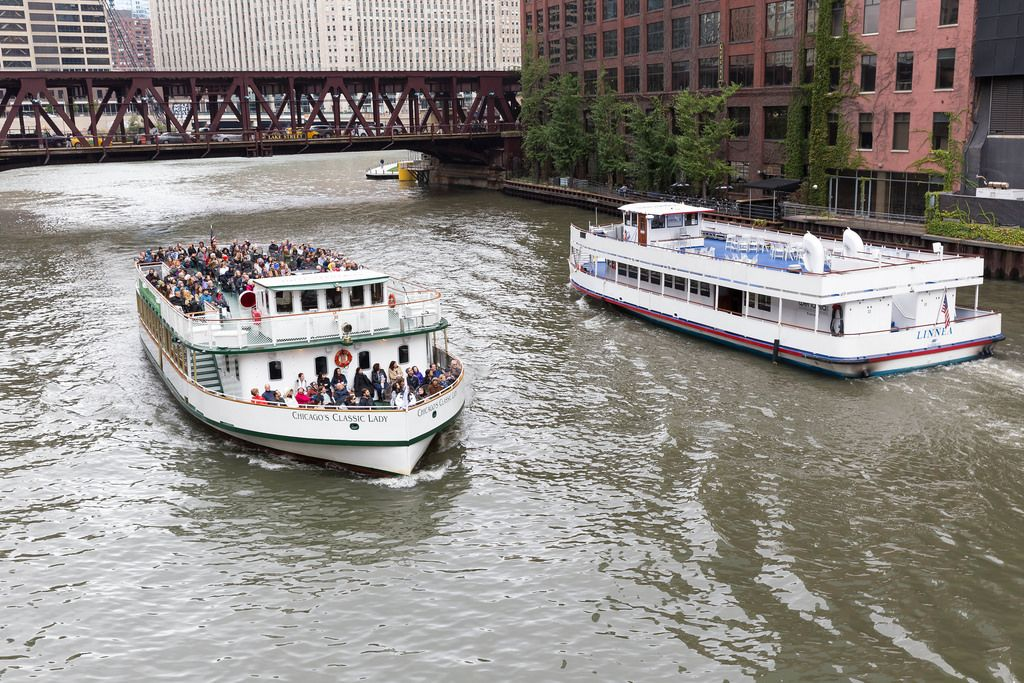 Chicago's Classic Lady and Linnea passing by each other