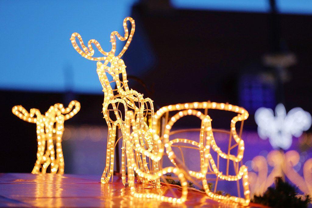Christmas reindeer lights, decoration at Christmas fair (Flip 2019)