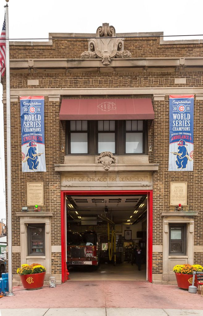 City of Chicago Fire Department - Wrigleyville