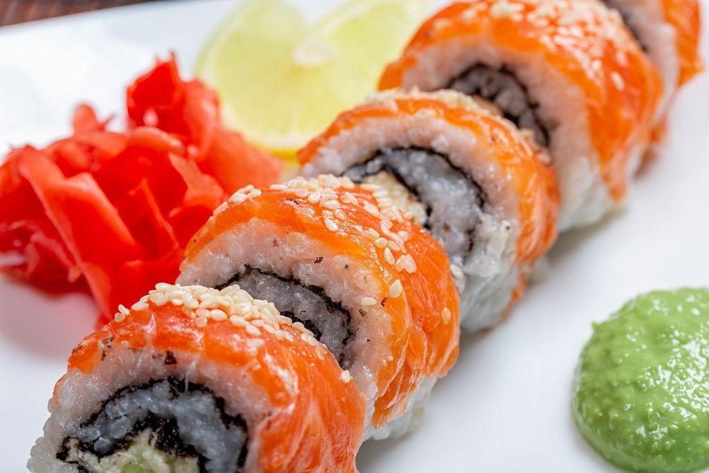 Classic Philadelphia sushi homemade close-up (Flip 2019)