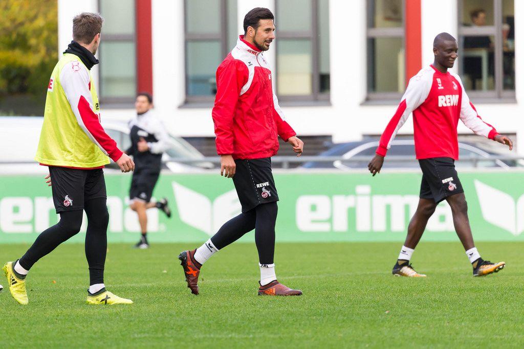 Claudio Pizarro und Sehrou Guirassy beim Training