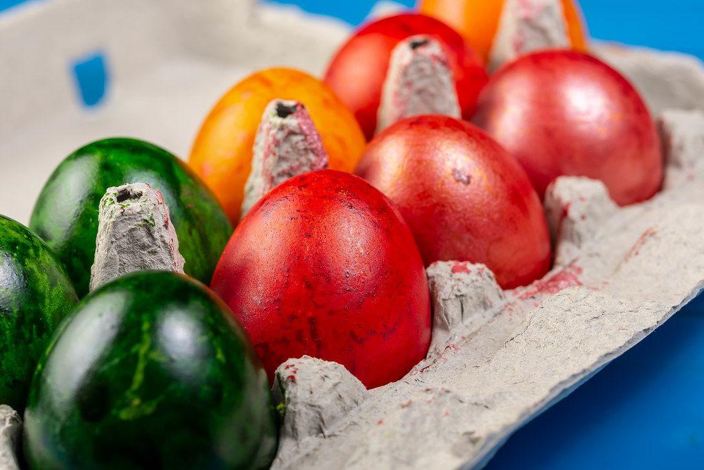 Colored Easter Eggs in cardboard box (Flip 2019)