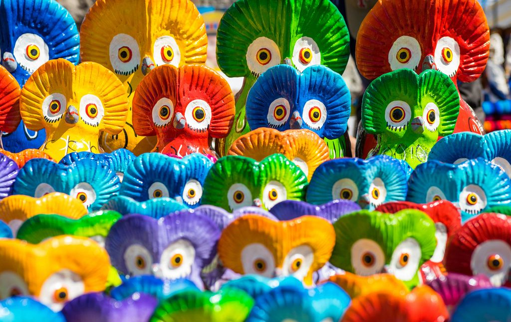 Colorful Guatemalan clay owls (Flip 2019) (Flip 2019) Flip 2019