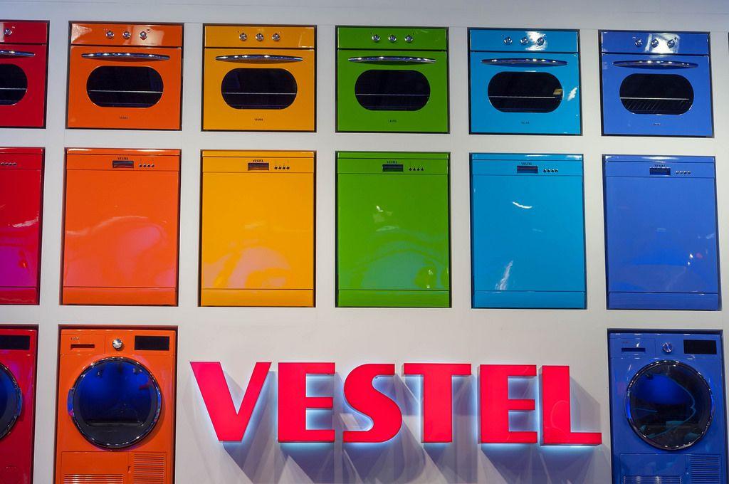 Colroful Vestel washing machines, dishwashers and baking ovens