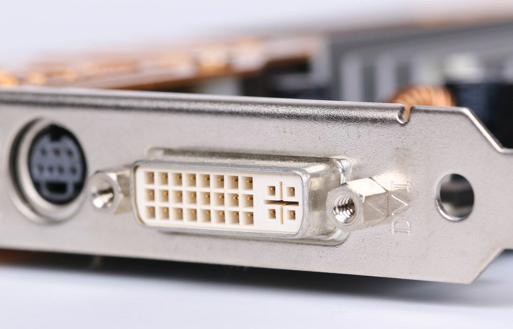 Computer graphic card with DVI connector