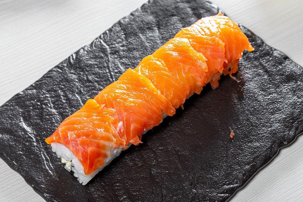 Cooking sushi Philadelphia at home (Flip 2019)